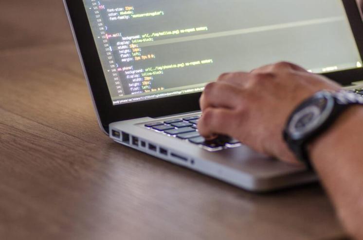 Guadagna online Costruisci e vendi software indipendente