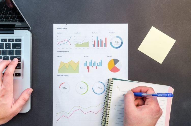 Guadagna online Fai analisi dei dati per le aziende freelance