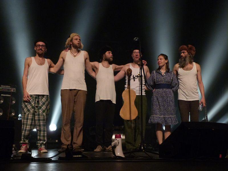 OTAVA YO - Les Lutins du folk russe
