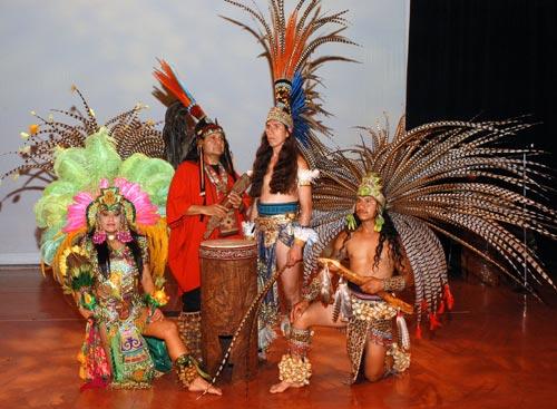 xavier-quijas-yxayotl-American-Indigena