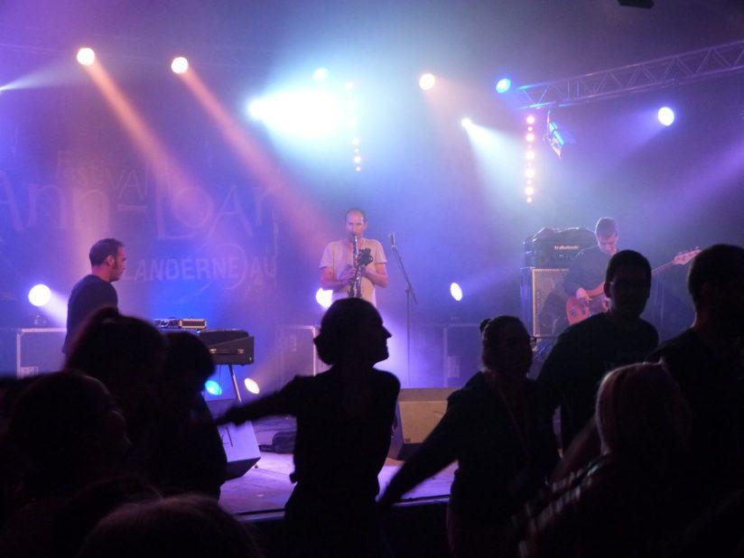 FLEUVES - La Musique est un long fleuve dansant