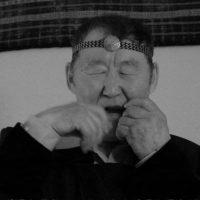 Spiridon SHISHIGIN: Le Chant vibrant de la guimbarde iakoute