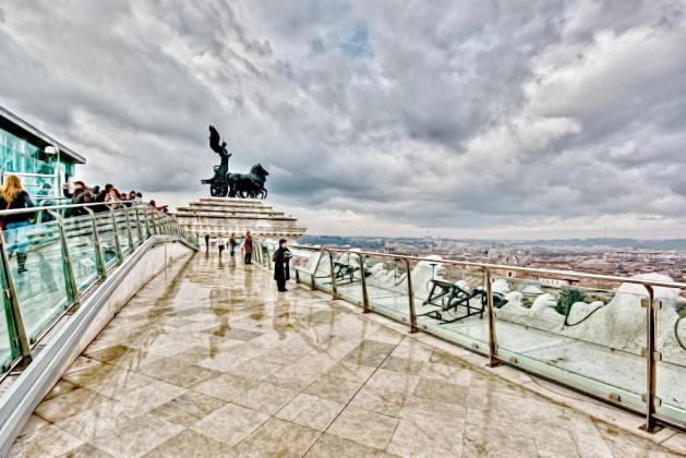 Winda panoramiczna Ołtarza Ojczyzny 1