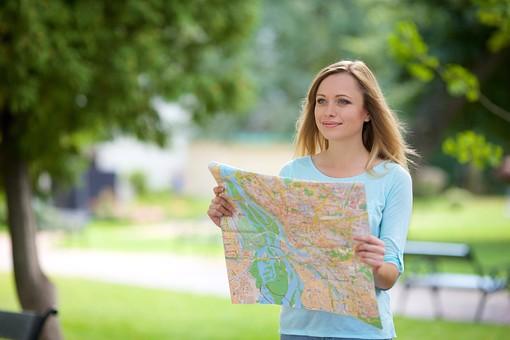 キャッシュリッチ2 ウルフ2 ウルフシステム 地図を見る白人美人女性