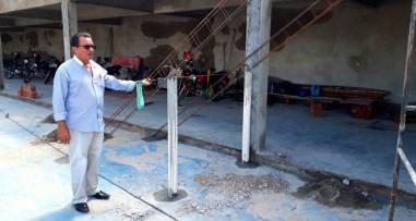 Djalma Alves em vistoria na obra da quadra do estádio municipal – Foto: Reprodução