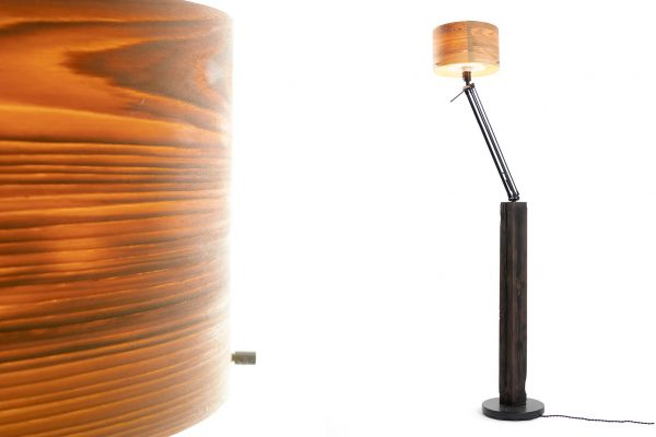 Stehlampe_aus_Holz_Arrivo