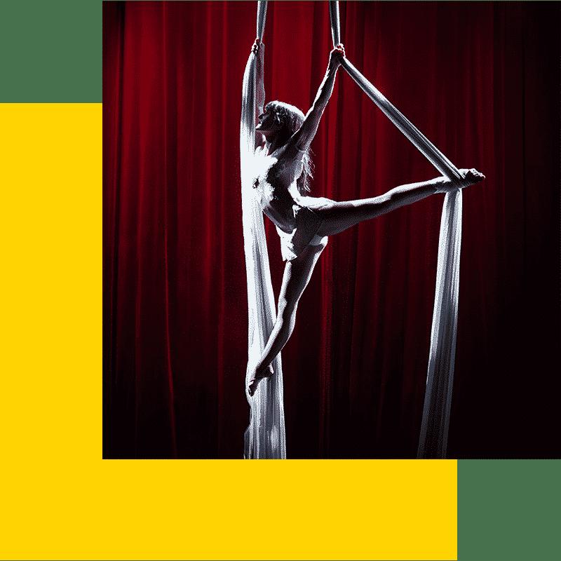 danseuse acrobate tissu cerceau animation aérien