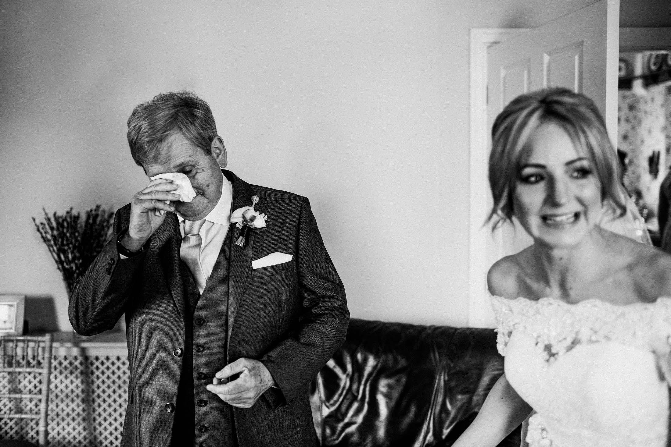 Dad daughter wedding