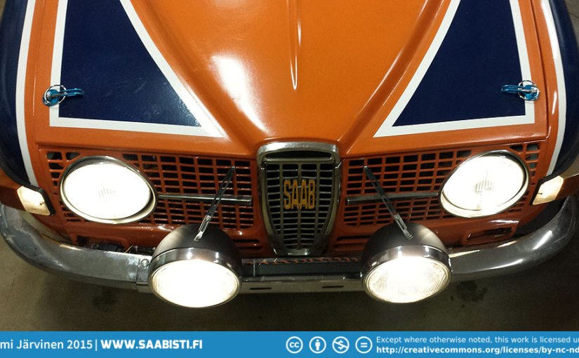 Extra driving lights for the Saab 96 Rally