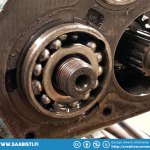 The 95 gearbox had a broken pinion axle two row bearing. No wonder it was noisy.