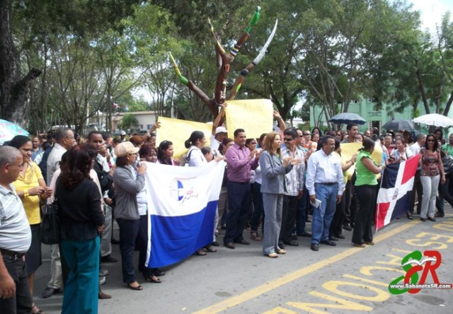 Marcha de la ADP - Flora Guzman