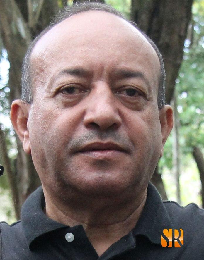 Robert Núñez Cabrera - Escritor