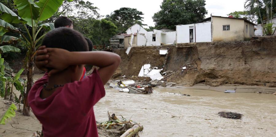 Resultado de imagen para Siguen 23 provincias en alerta; desplazados sobrepasan los 16 mil