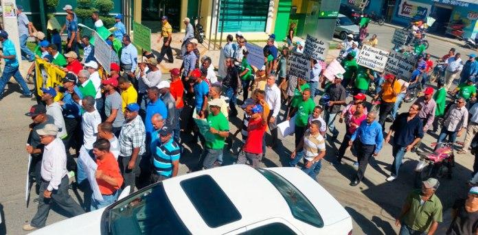 Recorren principales calles. (Foto: Carlos Bueno).