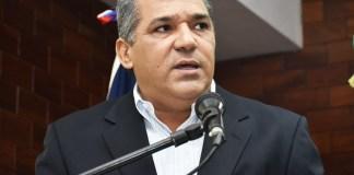 Yanser Oscar Fernández