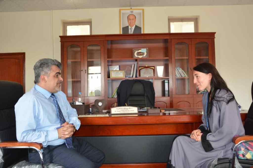 نائب وزير التخطيط يناقش مع مديرة منظمة بولندية أنشطتها في اليمن