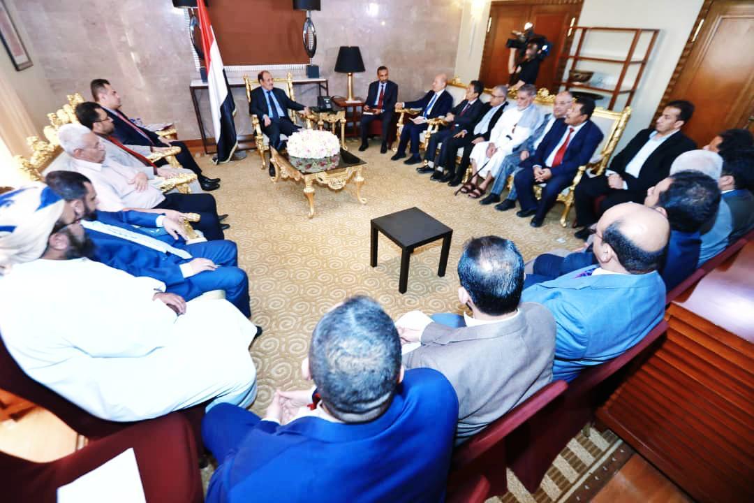 نائب رئيس الجمهورية يلتقي التحالف الوطني للمكونات السياسية