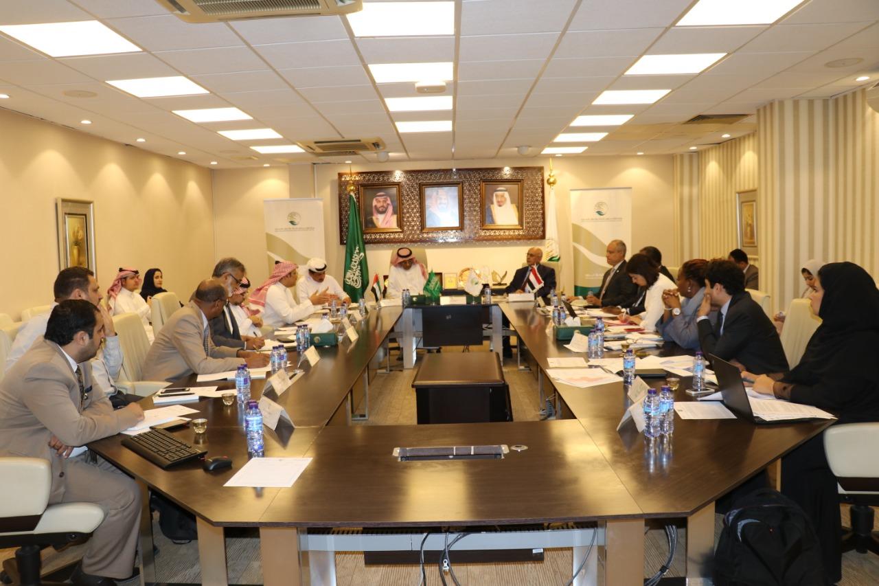 اجتماع في الرياض يبحث وضع خطة متكاملة لتغطية احتياجات الساحل الغربي