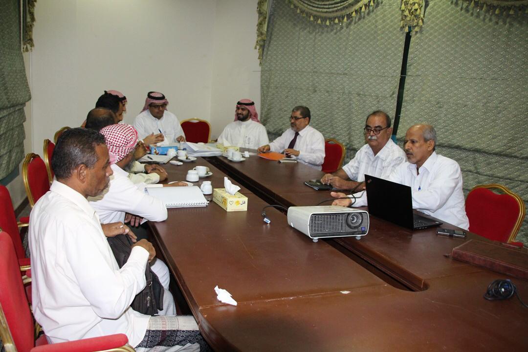البرنامج السعودي لتنمية وإعمار اليمن يطلع على الخطط التطويرية في عدد من القطاعات بحضرموت