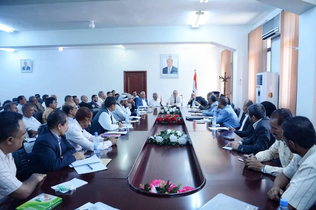 Photo of تنفيذي تعز يناقش في اجتماعه الدوري عدد من القضايا الملحة في المحافظة