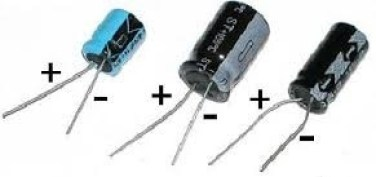Polaridade do capacitor eletrolítico