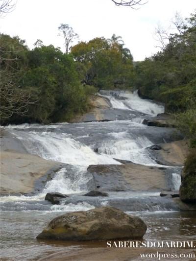 Uma das belas cachoeiras da cidade
