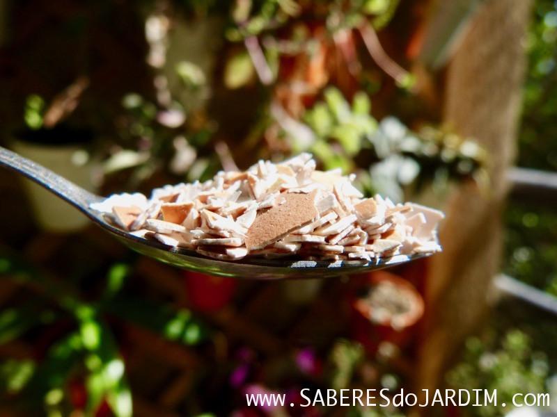 Adubo - Farinha de Casca de Ovo