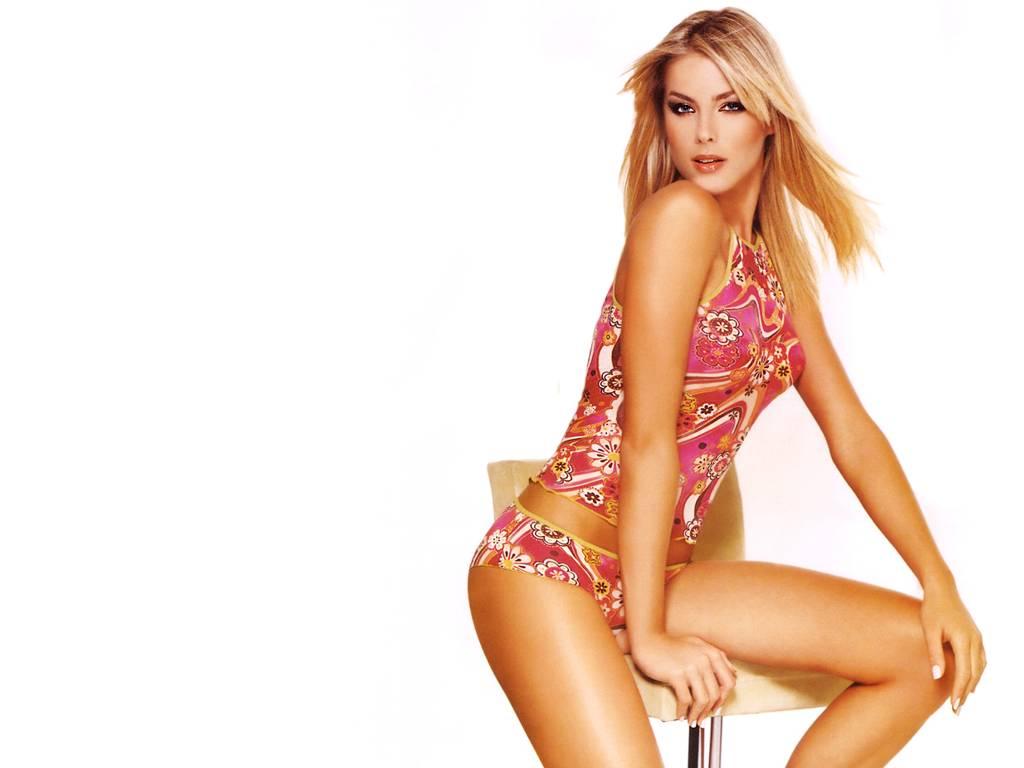 as mulheres mais bonitas de 2010 10