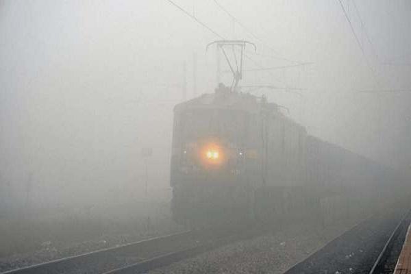 17 trains canceled in Delhi on dusk,
