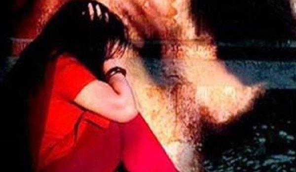 married Dalit woman raped in Banda