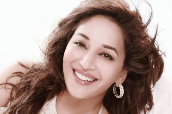 Madhuri's heart was throbbing for this cricketer, due to the incomplete love story of both of them