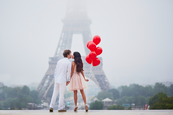 These romantic spots roamed with their partner and celebrated this year's Valentines Special