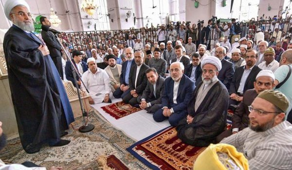 Iran President Rouhani Prays For Shia-Sunni Unity At Hyderabad's Makkah Masjid
