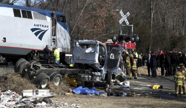 Train carrying GOP members of congress hits garbage truck, one dead