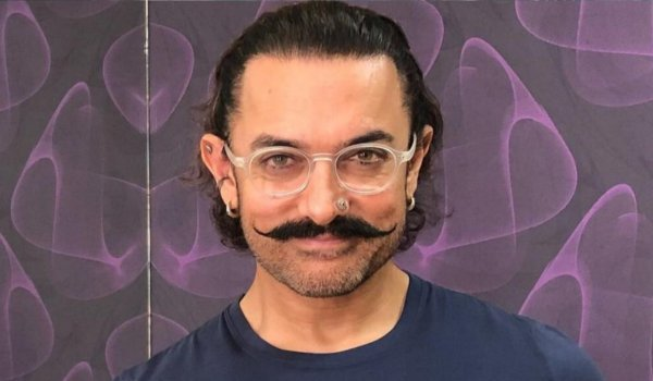 Aamir Khan a big surprise with live on Facebook