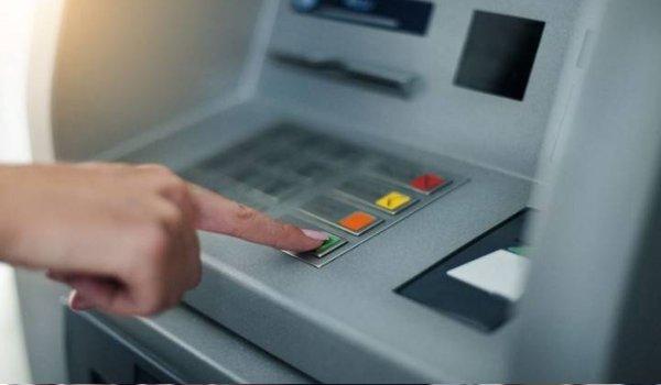 Gujarat braces for cash shortage, no money in  ATMs