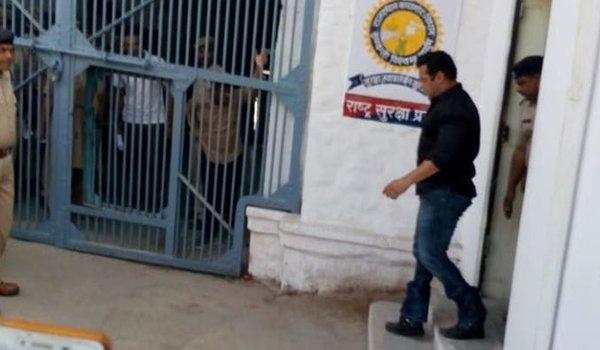 Salman Khan is now qaidi number 106, to spend night in Jodhpur jail