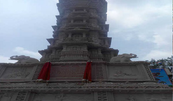 Muni Sudha Sagar Maharaj inaugurates kirti stambh in ajmer