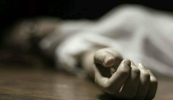 Woman jumps off  after husband's death in Kanpur