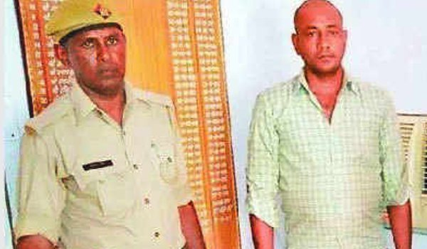 Man stolen 80 lakh from Courier company mumbai and donate in vrindavan