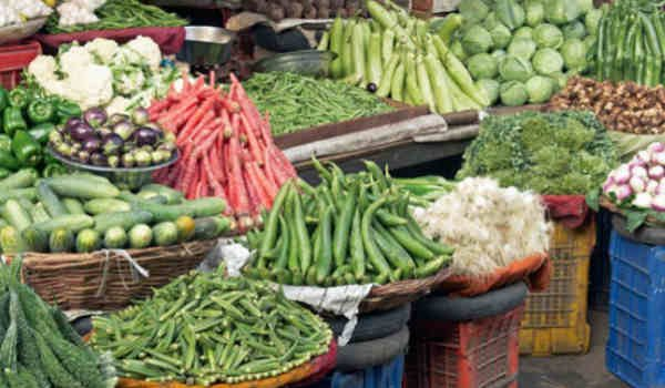 India Wholesale Price Inflation Hits 4-1/2 Year High