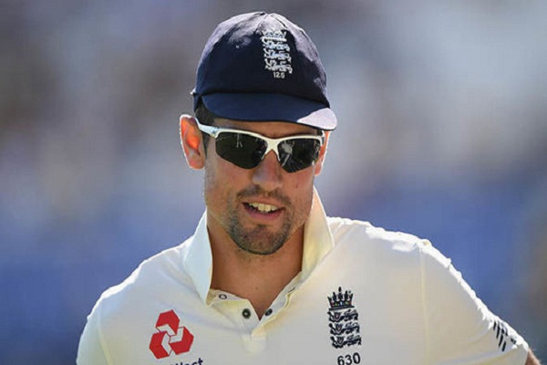 Elestair Cook says The decision of retire will not change