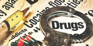 Four arrested with drug addicts in ganganagar
