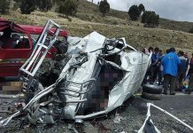 bus crash in Bolivia's highlands leaves 17 dead