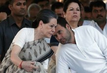 Rahul Gandhi meets Sonia before announcing names of Chief Ministers