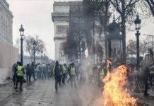 Over 1700 arrested in latest 'yellow vest' protests in France