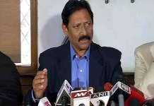 Chetan Chauhan says India will play Pakistan in World Cup on directives of govt