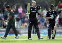 New Zealand won the series by Martin Guptill's second consecutive century