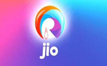 Reliance Jio's 4G download speed remains adept