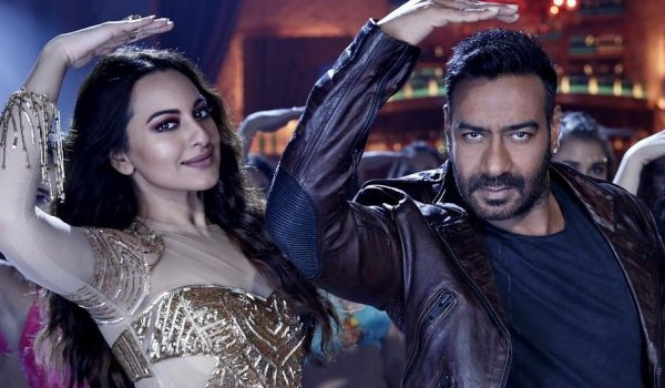 total dhamaal crosses Rs 100 crore mark
